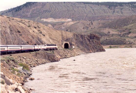 rmttunnel1.jpg
