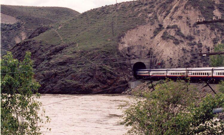 rmttunnel3.jpg